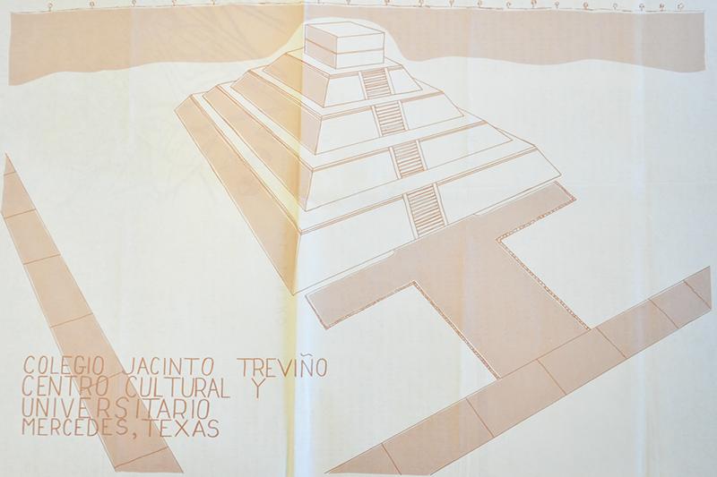 El Piramide Del Sol, Colegio Jacinto Treviño - Mercedes, Texas